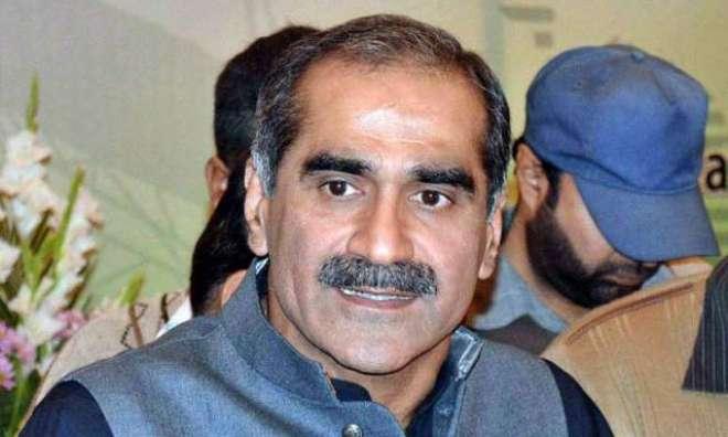 وفاقی وزیر برائے ریلوے خواجہ سعد رفیق نے عوام ایکسپریس کے نئے ریک کا ..