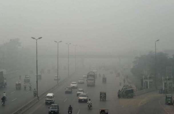 لاہور میں جاری سموگ سے متعلق پنجاب حکومت نےسرجوڑ لیے۔ اہم اقدامات کی ..