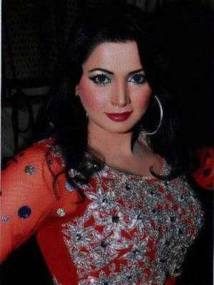 زارا اکبر نے خواتین کی مخصوص نشست کیلئے (ن) لیگ کے سیکرٹریٹ میں درخواست ..