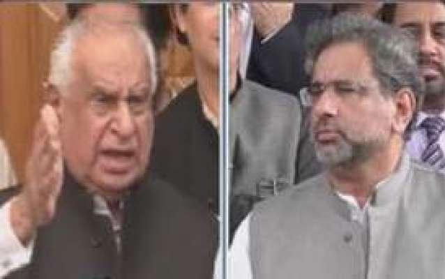 وزیراعظم شاہد خاقان عباسی پارٹی کے ناراض رہنماء غوث علی شاہ کے گھرپہنچ ..