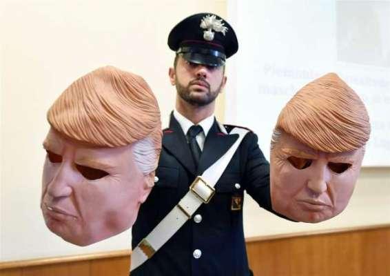 ٹرمپ کے ماسک پہن کر اطالوی بینک میں ڈکیتی کی وارداتیں کرنے والے ڈاکو ..
