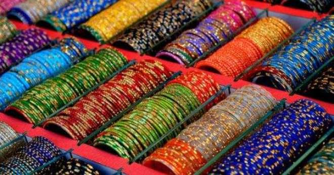 چو ڑی کی صنعت کو تباہی سے بچانے کے لئے واہگہ بارڈر بھارت سے چو ڑی کی ..