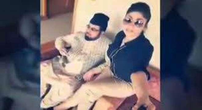 قندیل بلوچ کے والدین کو مفتی عبدالقوی نے ایک کروڑ دینے کی پیشکش کی تھی؟ ..