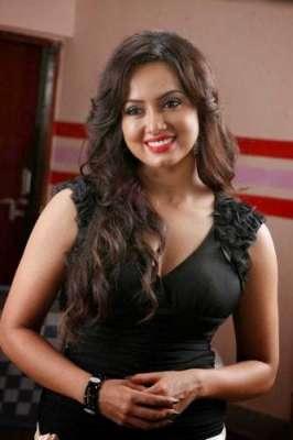 ثناء خان جنوری میں بیوٹی ایپ متعارف کرائیں گی