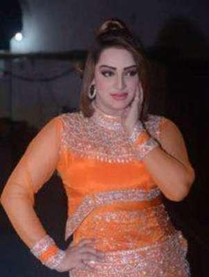 فلم سٹار مہک نور اور زریں سمیت دیگر فنکاروں نے نئے سال کی آمد پر بھر ..
