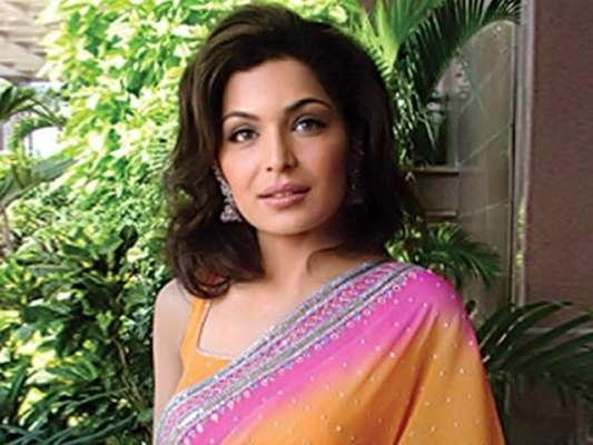 پاکستان کی جیت پر مریم نواز کی مبارکباد، میرا جی نے ایک مرتبہ پھر آڑے ..