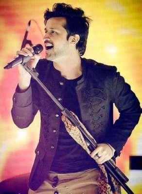 معروف پاکستانی گلوکار عاطف اسلم بحرین میں کانسرٹ میں پرفارم کریں گے