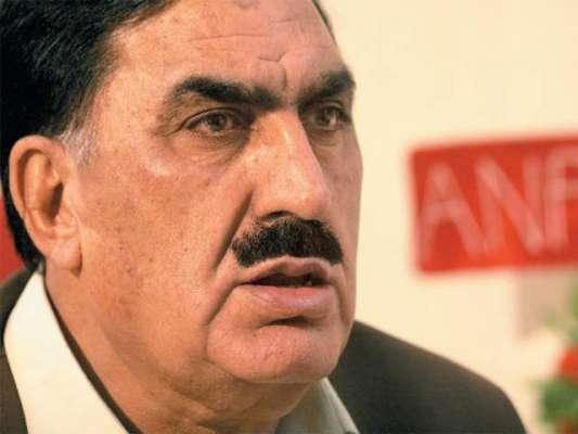 سینیٹ کی قائمہ کمیٹی کے اجلاس میں سینیٹر شاہی سعید کے بہوہ لطیفے نے ..