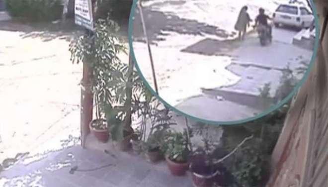 کراچی کے بعد لاہور میں بھی خواتین پر چاقو سے حملوں کا آغاز