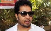 معروف بھارتی گلوکار میکا سنگھ متحدہ عرب امارات میں گرفتار