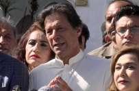 عمران خان وکٹیں نہیں گرا رہے بلکہ سیاسی گند اکھٹا کر رہے ہیں