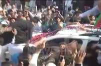 فیصل آباد میں عمران خان کو زور دار تھپڑ پڑ گیا