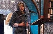 برطانوی وزیراعظم تھریسامے کا حجاب پہن کر مسجد کا دورہ،تصاویر سوشل ..