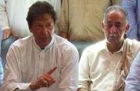 والد مشال خان نے خیبرپختونخواہ حکومت کےتحفظ کے نظام کا پول کھول دیا