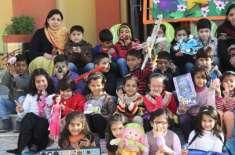 پاکستان سمیت دنیا بھر میں بچوں کا عالمی دن کل منایا جائے گا