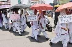 بھارت ،ْ طالبہ کے ساتھ اساتذہ اور ہم جماعتوں کی 6 ماہ تک زیادتی