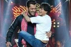 فلم ''زیرو '' کی تشہیر کے لئے شاہ رخ خان کی سلمان خان کے ٹی وی شو میں ..