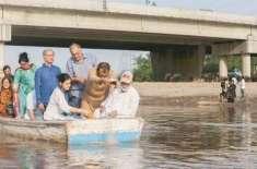 معروف بھارتی صحافی کلدیپ نائر کی استھیاں دریائے راوی میں بہا دی گئیں