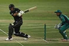 دوسرا ون ڈے ، نیوزی لینڈ نے پاکستان کو جیت کےلئے ہدف دیدیا