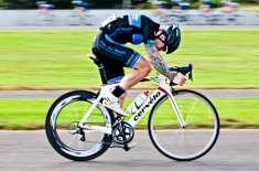 پشاور، یوم پاکستان سائیکل ریس ایس ایس جی سی کے محسن خان نے جیت لی