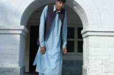 پاکستان کا طویل ترین آدمی کسمپرسی کی حالت میں زندگی گزارنے پر منظور