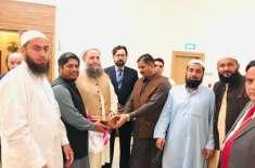 پاکستان تحریک انصاف مکہ مکرمہ کے ایک وفد نے وفاقی وزیر براۓ مذہبی امور ..