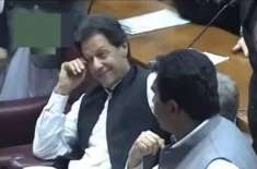 عمران خان کے آنسوؤں نے کئی لوگوں کو آبدیدہ کر دیا