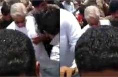 خواجہ آصف کا قافلہ موترہ کے مقام پر روک لیا گیا