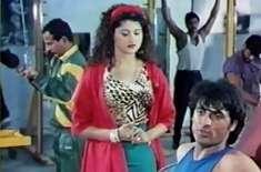 بالی ووڈ نے پاکستان کا ماضی کا ایک اور مقبول ترین گانا ''منڈا بگڑاجائے'' ..