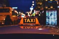 نشے میں دھت نوجوان نئے سال پر ٹیکسی میں  3 ممالک سے گزر کر اپنے گھر پہنچا ..
