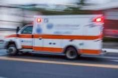 بیوی کو ہسپتال لے جانے والی ایمبولینس کے ڈرائیور پر خاوند کا حملہ