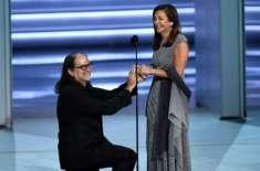 ایمی ایوارڈز کی 70 ویں تقریب شادی کی تقریب بن گئی