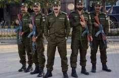 فیصل ۱ٓباد، 25 جولائی کو عام انتخابات کے موقع پرپنجاب پولیس نے پٹرولنگ ..