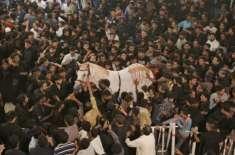 ملک بھر میں یوم عاشور انتہائی عقیدت واحترام سے منایا جا رہا ہے