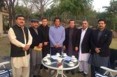 تحریک انصاف نے سینیٹ انتخابات کیلئے پشاور زلمی کے مالک جاوید آفریدی ..