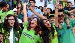 سب سے بڑی انٹرنیشنل ٹیم کی پاکستان آمد! پاکستانی شائقین کرکٹ زبردست ..