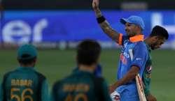 ایشیا ءکپ،بیٹنگ چلی نہ باﺅلنگ، پاکستان کو بھارت کے ہاتھوں عبرتناک ..
