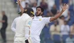 پہلا ٹیسٹ،پاکستانی باﺅلرز ٹیم کو میچ میں واپس لے آئے