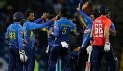 سری لنکا اور انگلینڈ کی ٹیموں کے درمیان ٹیسٹ میچوں کی سیریز کا پہلا ..