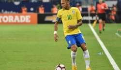 برازیل نے ارجنٹائن کو شکست دے کر چار ملکی فرینڈلی فٹ بال ٹورنامنٹ جیت ..