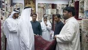 افغانی شہری کا محمد بن زاید کے آنے پر بھی تصویر فروخت کرنے سے انکار