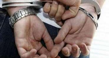 بنوں پولیس کی کاروائی' تین اشتہاریوں سمیت 4 مشتبہ افراد گرفتار'اسلحہ ..