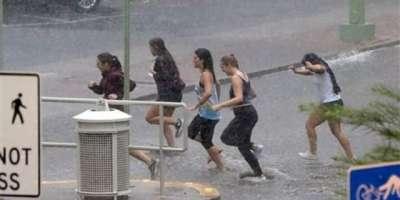 میکسیکو ، طوفانی بارشوں اور سیلاب کے باعث خاتون اور بچہ ہلاک ،