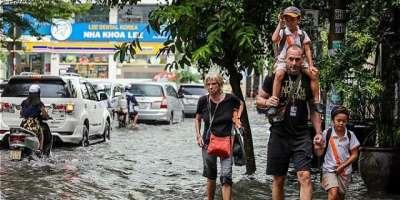 ویتنام میں شدید بارش اور لینڈ سلائیڈنگ سے 13افراد ہلاک،چارلاپتہ