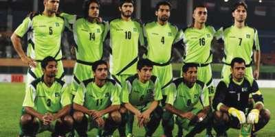 قومی فٹبال ٹیم دوحہ روانہ ، ٹیم دورے کے دوران 4 میچز کھیلے گی