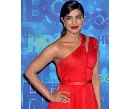 بالی ووڈ اداکارہ پریانکا چوپڑا کی نئی ہالی ووڈ فلم کا ٹریلر جاری کردیاگیا