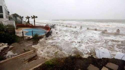 خطرناک سمندری طوفان امریکا کی ..