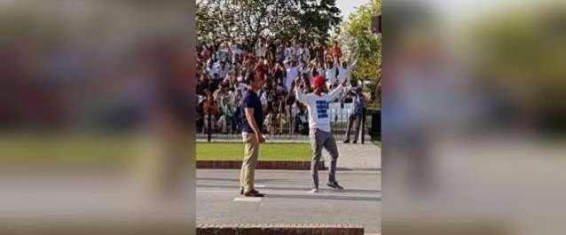 """واہگہ بارڈر پر حسن علی کی """"پریڈ"""" نے بھارتی فوج کو بھی مرچیں لگا دیں"""