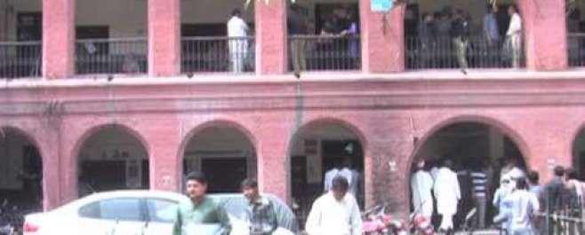سیشن کورٹ میں فائرنگ،دو وکیل جاں بحق
