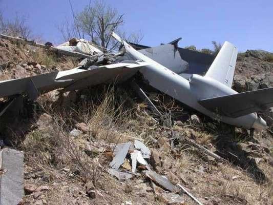سرگودھا کے قریب بغیر پائلٹ کے تربیتی طیارہ گر کر تباہ
